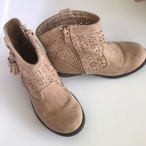 Genuine kids suede style boots